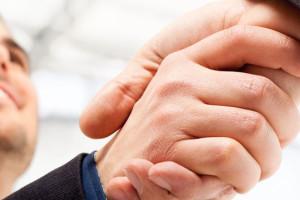 kézfogás
