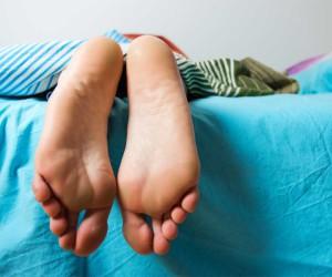 láb, talp, alvás