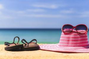 nyár, nyaralás, tenger, napszemüveg, kalap