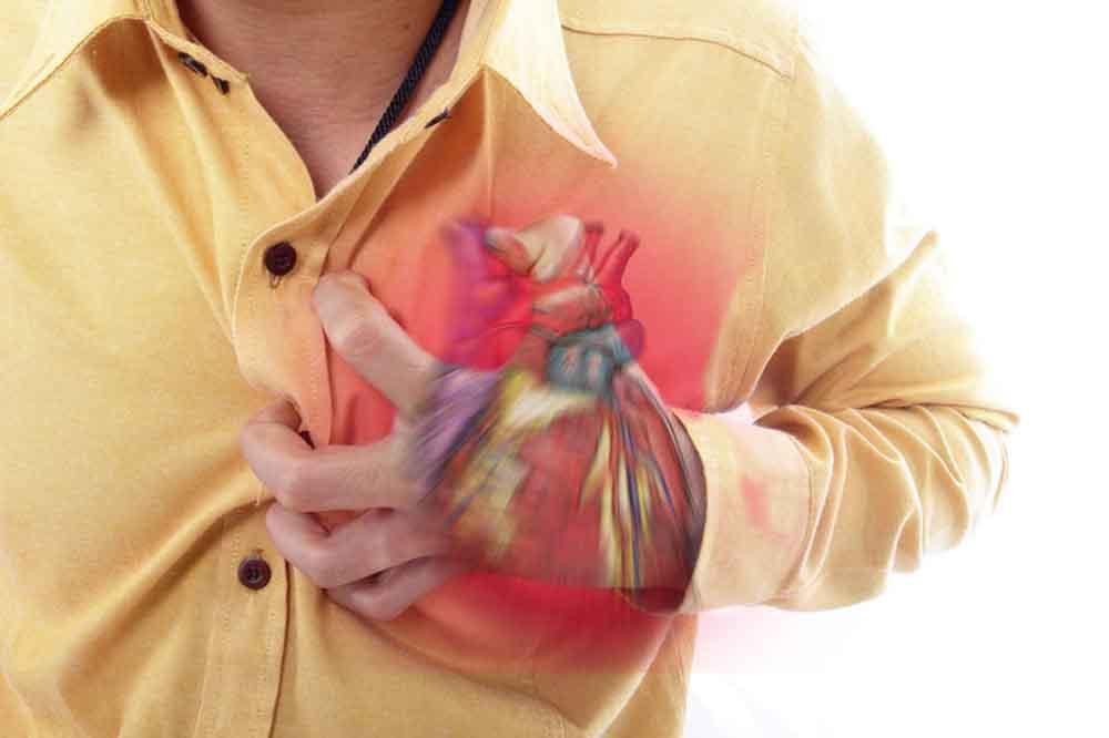 Szúró mellkasi fájdalom levegővételkor